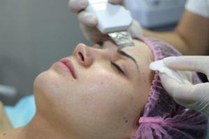 ультразвуковая и механическая чистка лица киев