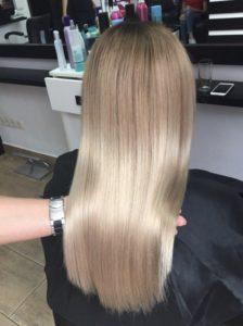 Кератиновое выпрямление волос средней длинны