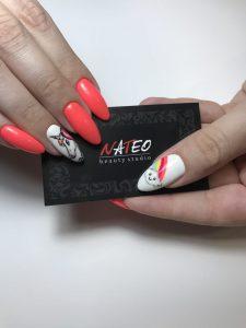наращивание ногтей, маникюр, комбинированный маникюр в салоне красоты Киев NATEO